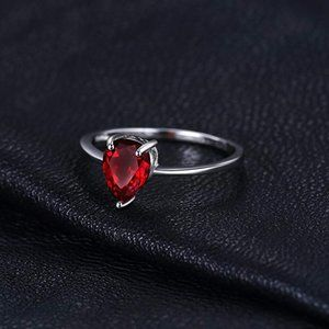 1.49ct Garnet Ring - 925 Sterling Silver